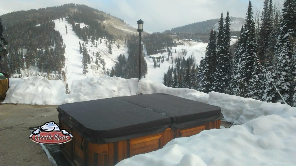 Epic Summit XL Arctic Spa with a cover