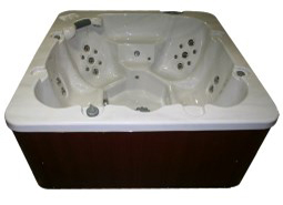 Coyote Spas Hot Tub Range by E. Boffo Lorraine